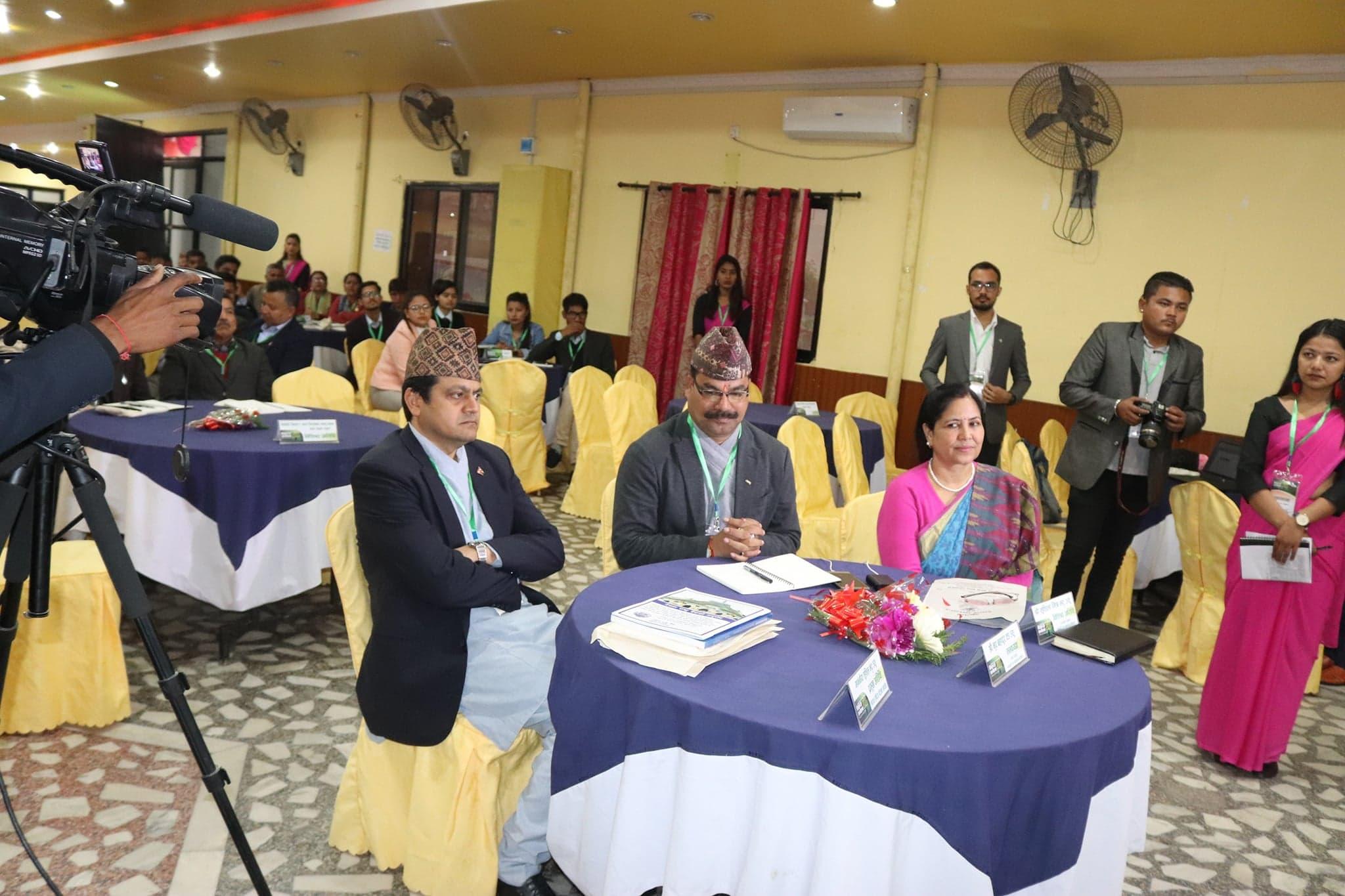 धनगढी विकास सम्मेलन सम्पन्न योजनावद्ध विकासका लागि प्रोजेक्ट बैंकको तयारी