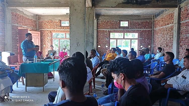 भाषाआयोगको सिफारिसप्रति असहमति जनाउदै रानाथारु सामुदायद्वारा आन्दोलनको घोषणा
